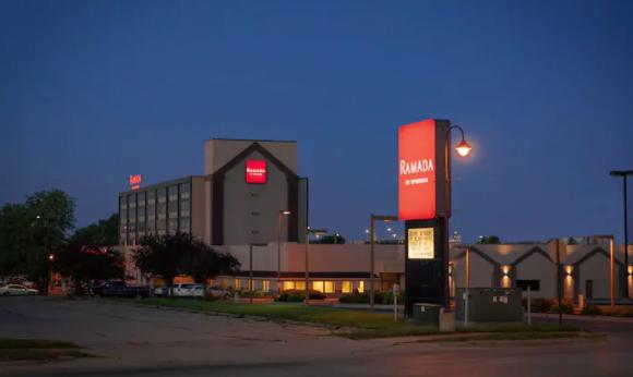 Ramada Hotel Cedar Rapids, IA